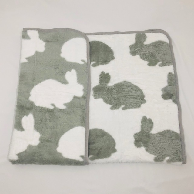 GREY AND WHITE LUXURY THICK REVERSIBLE BUNNY BABY BLANKET