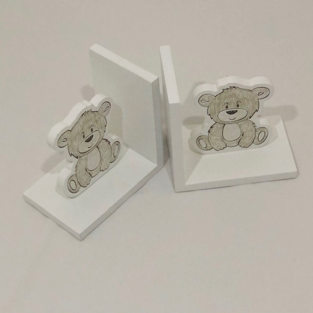 WHITE WOODEN TEDDY BEAR BOOK ENDS