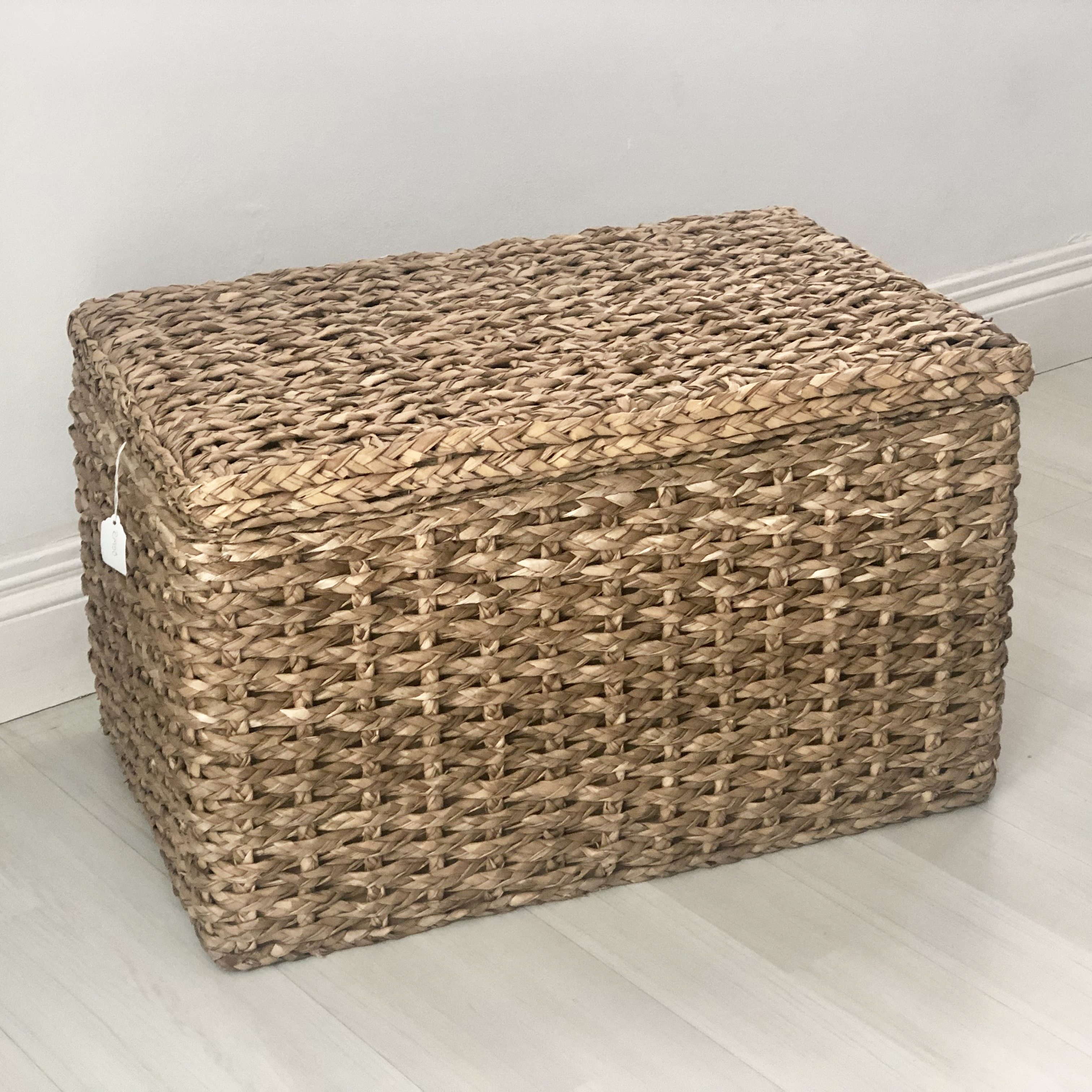 FULLY LINED RATTAN STORAGE BOX