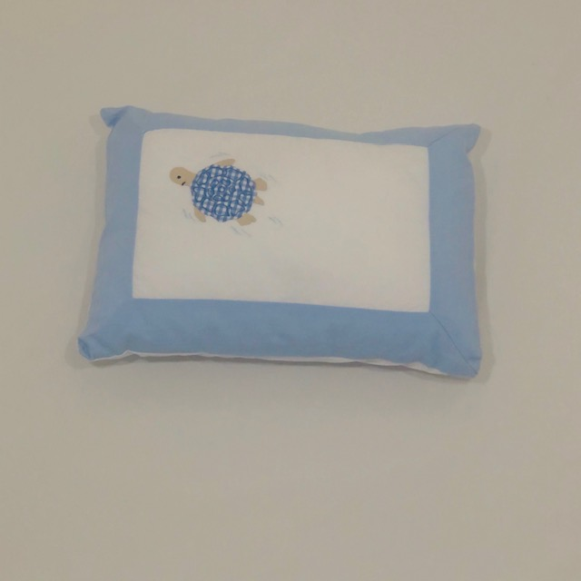 BLUE TURTLE & WHITE COTTON BABY PILLOW SLIP