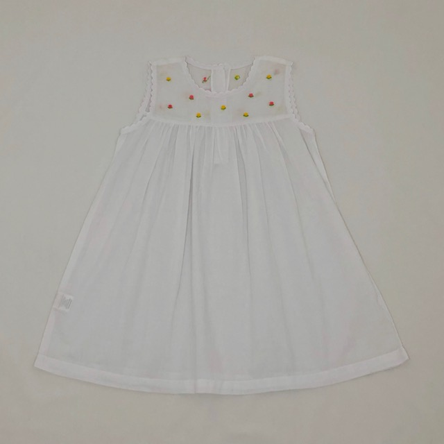 WHITE SUMMER COTTON DRESS WITH EMBROIDERED COLOURED FLOWERS ON BODICE