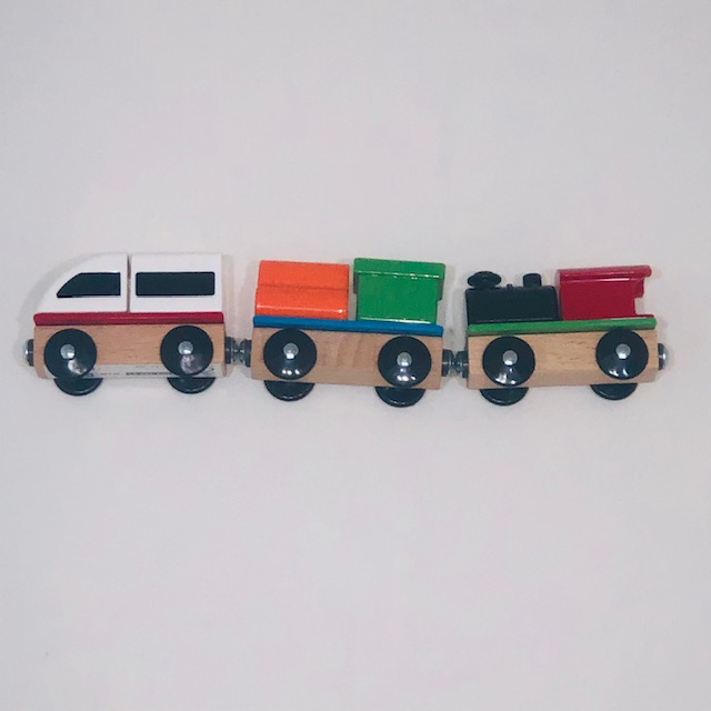 COLOURED WOODEN TRAIN WITH MAGNETS