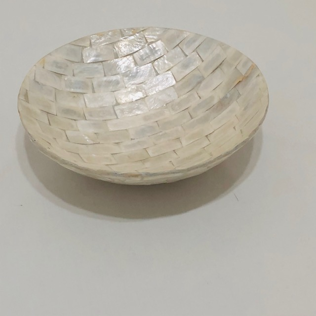 MOTHER OF PEARL SHELL ROUND BOWL